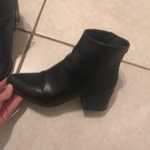 Black leather boots Sam Edelman circus